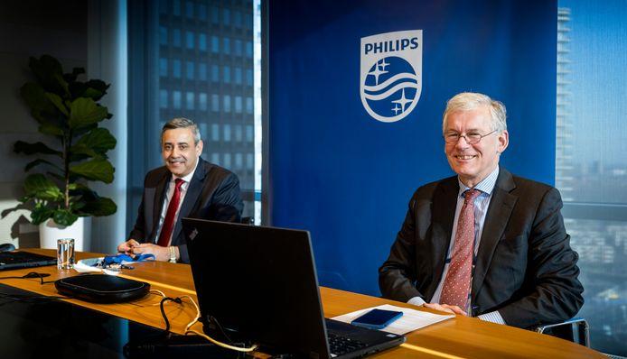 Philips-topman Frans van Houten (rechts) en financiële baas Abhijit Bhattacharya - aandeel philips © Philips - Frank van Beek